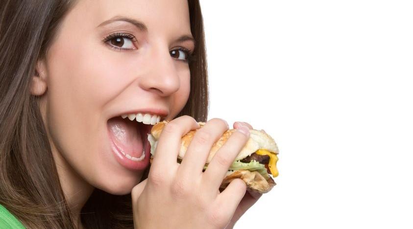 سبع عادات خاطئ تقوم بها بعد تناول الطعام تسبب مشاكل كثيرة للجسم تجنبها
